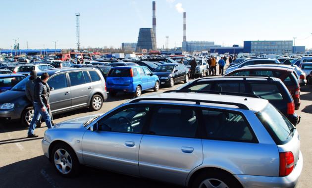 Российские автодилеры могут снизить цены на подержанные машины