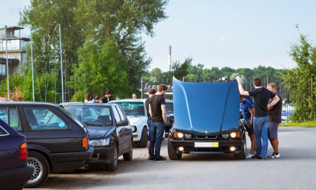 """В России хотят прекратить практику перепродаж машин """"из рук в руки"""""""