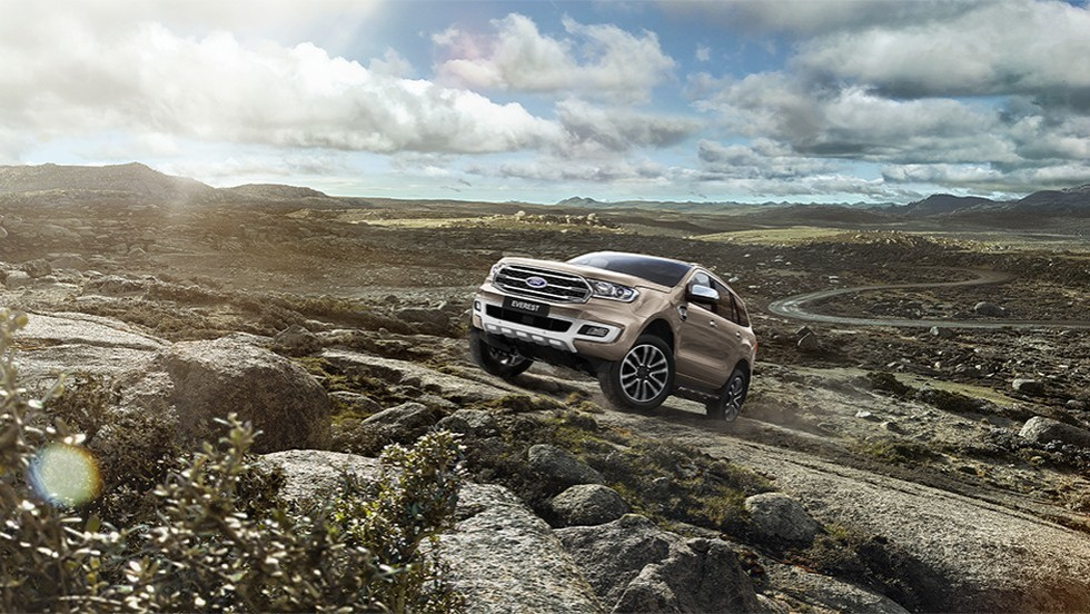 Ford-Everest-Titanium-2019-2
