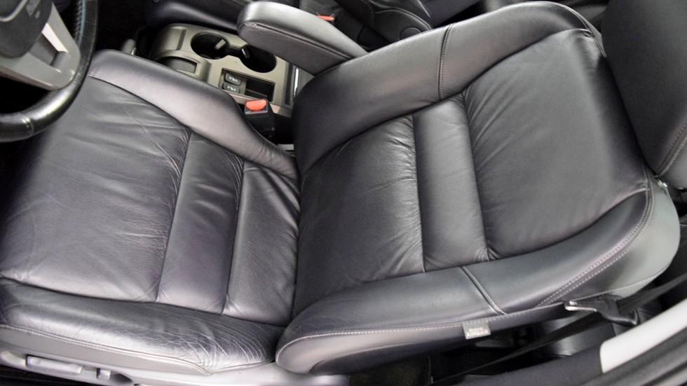 Honda CR-V переднее сидение