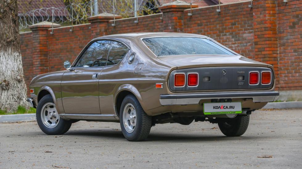 Mazda 929 коричневая сзади три четверти