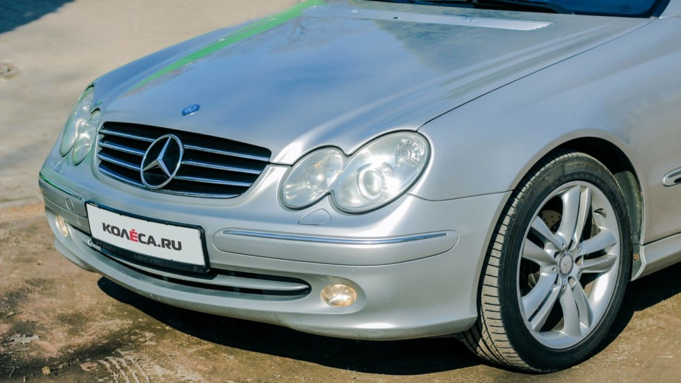 Mercedes-Benz CLK C209 спереди