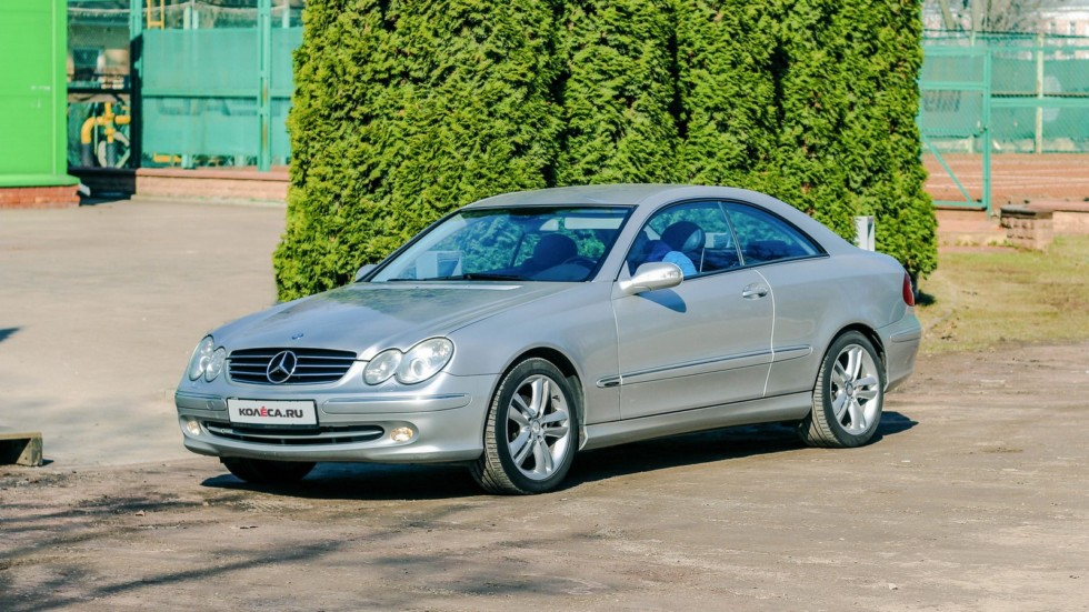 Mercedes-Benz CLK C209 три четверти (1)