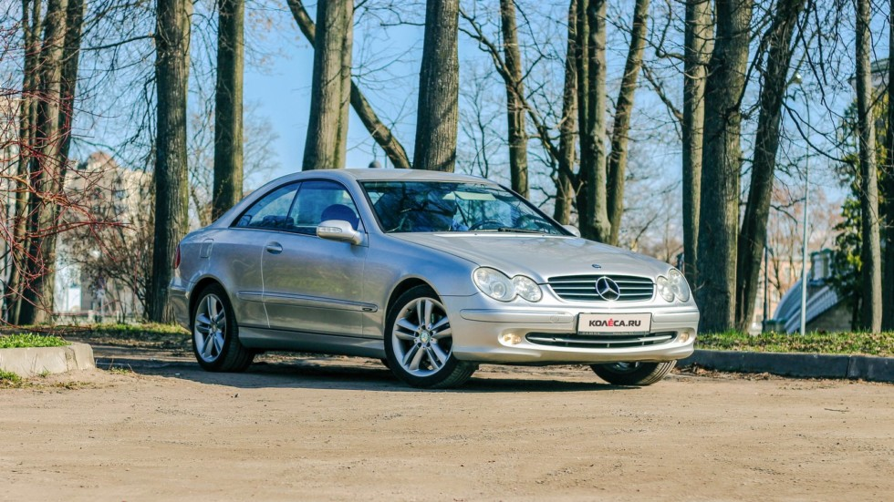 Mercedes-Benz CLK C209 три четверти