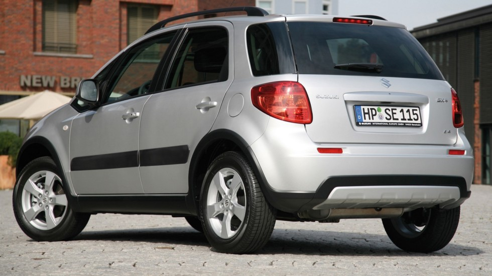 Suzuki SX4 Worldwide '2009–14 сзади