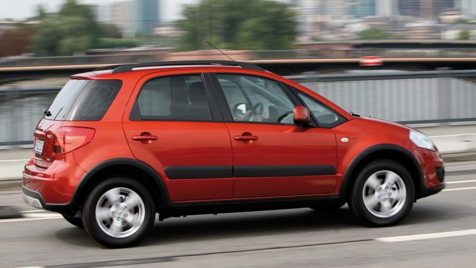 Suzuki SX4 '2009–14 красная на ходу