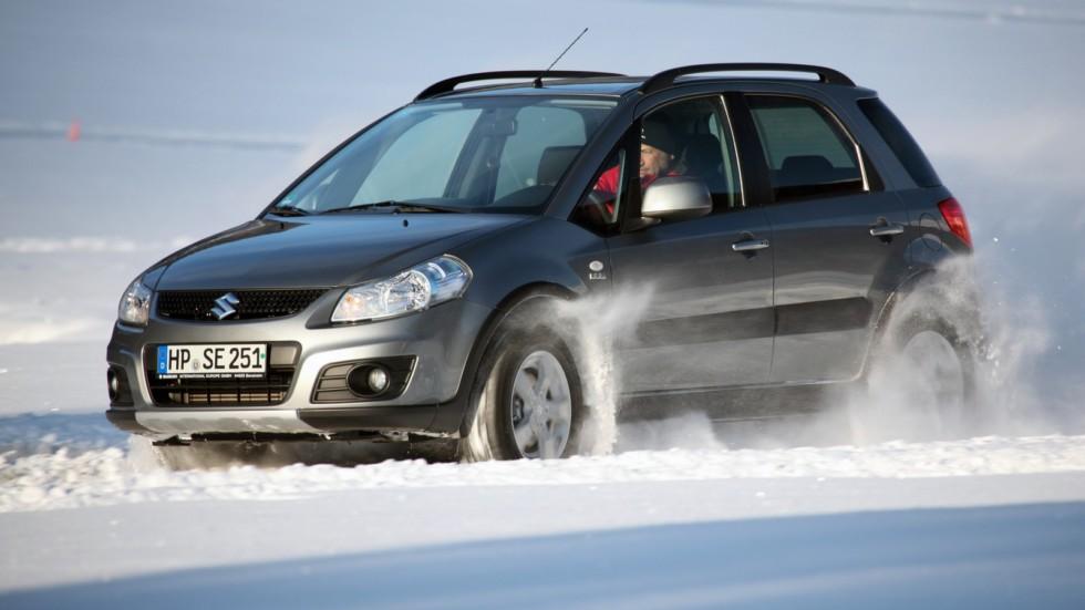 На фото: Suzuki SX4 '2009–14