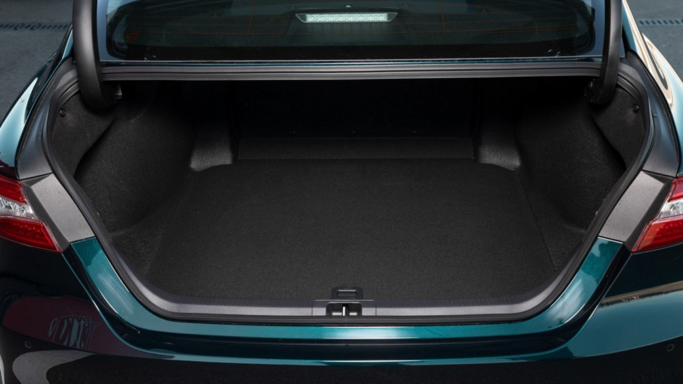 Toyota Camry багажник