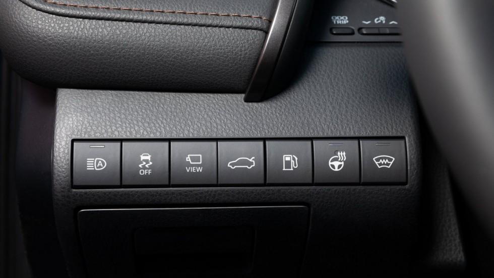 Toyota Camry интерьер