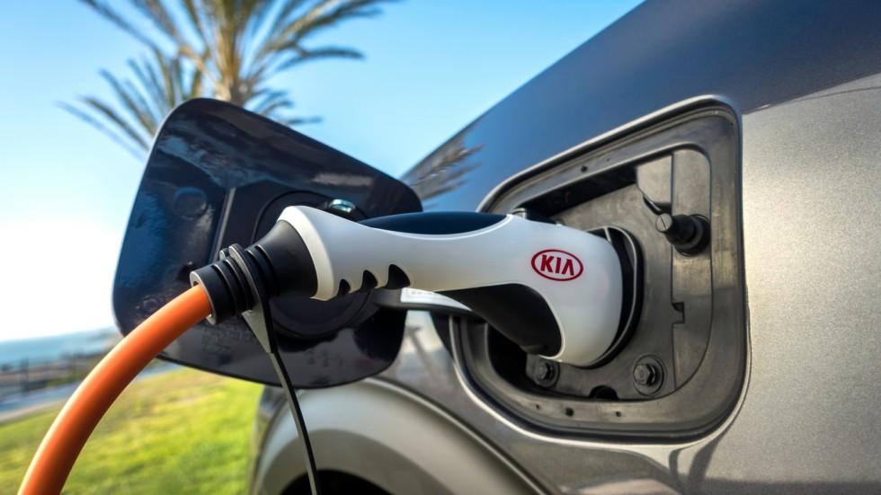 KIA Plug-In Hybrid зарядка