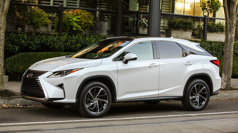 Отзыв автомобилей Toyota и Lexus объявлен в РФ