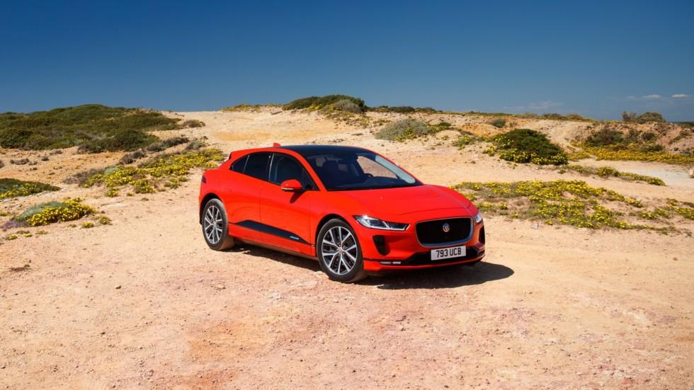 Jaguar I-PACE красный