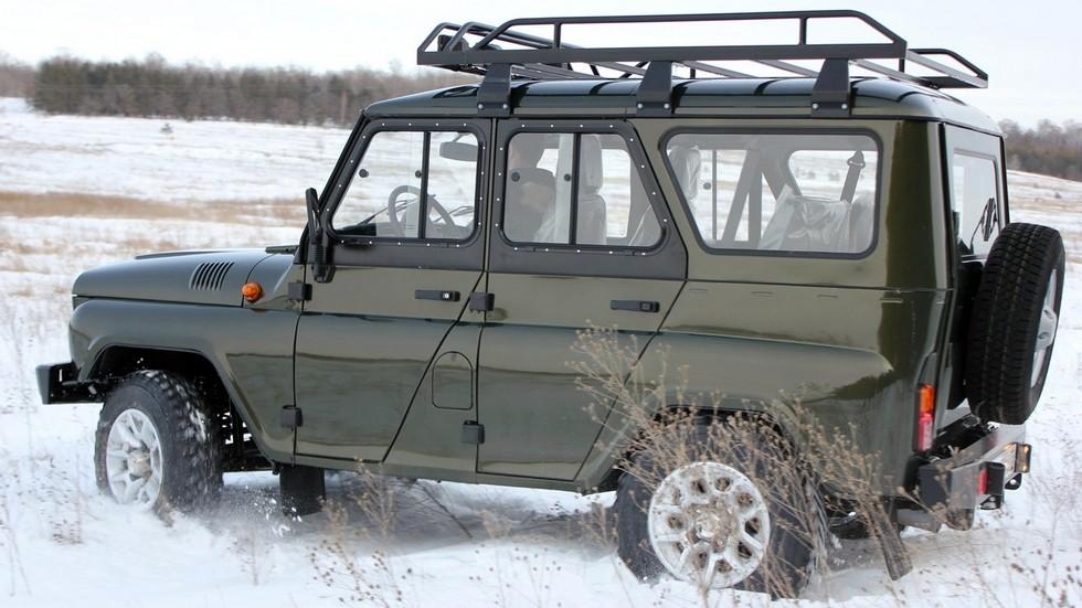 СимбАТ UAZ Hunter Off-road Line '2014–н.в. в снегу