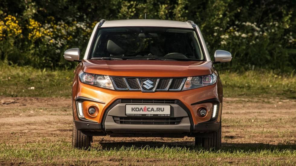 Suzuki Vitara оранжевый спереди
