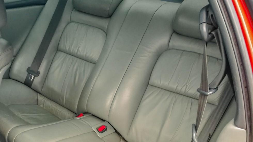 Toyota Soarer задние сидения
