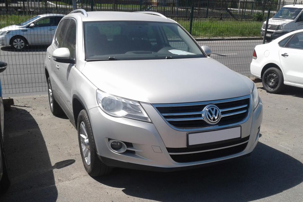 Volkswagen Tiguan серый