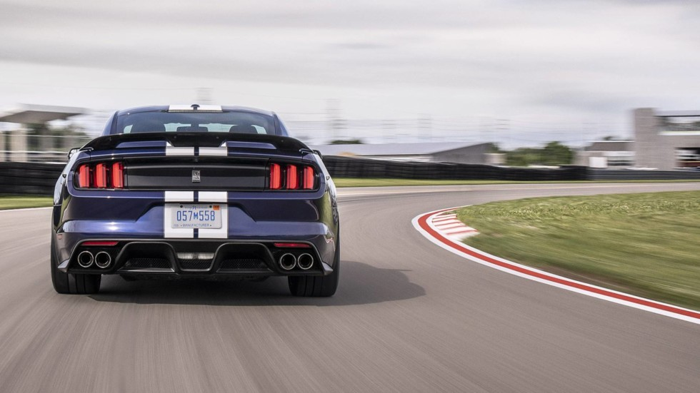 ford-mustang-shelby-gt350-2019-5