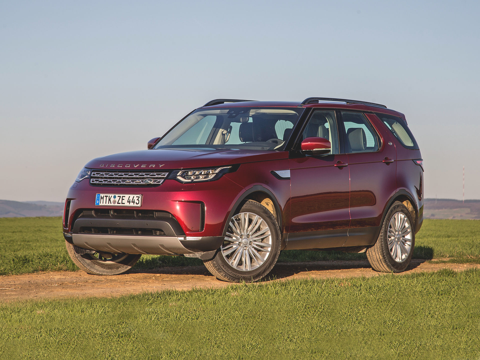 15495e279ea8 Без «понижайки» нам не надо! Land Rover останавливает продажи ...