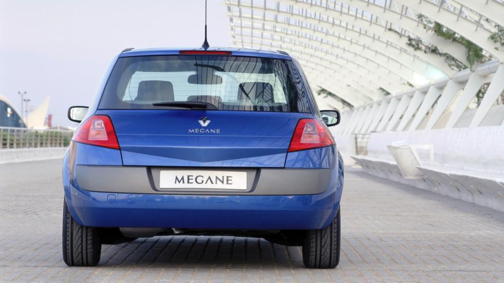 На фото: хэтчбек Renault Megane '2003–06