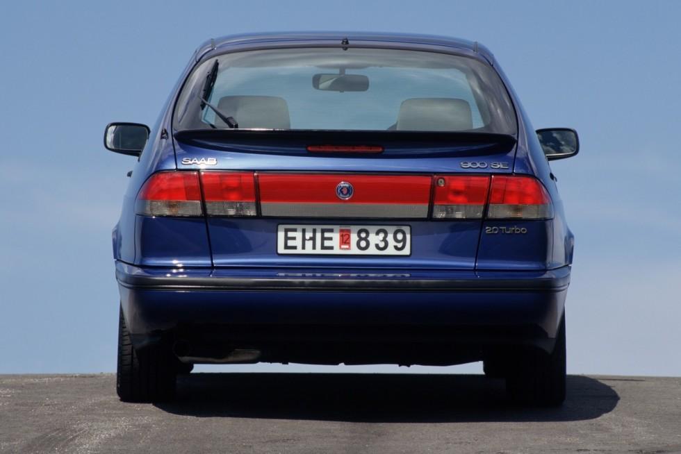 Saab 900 SE Turbo Coupe '1993–98 синий сзади