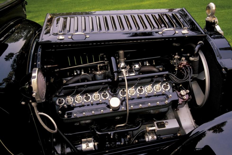 Под капотом 1916 Packard Twin Six Town Car