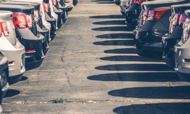 Рост продаж новых машин  в Российской Федерации  замедлился вначале лета