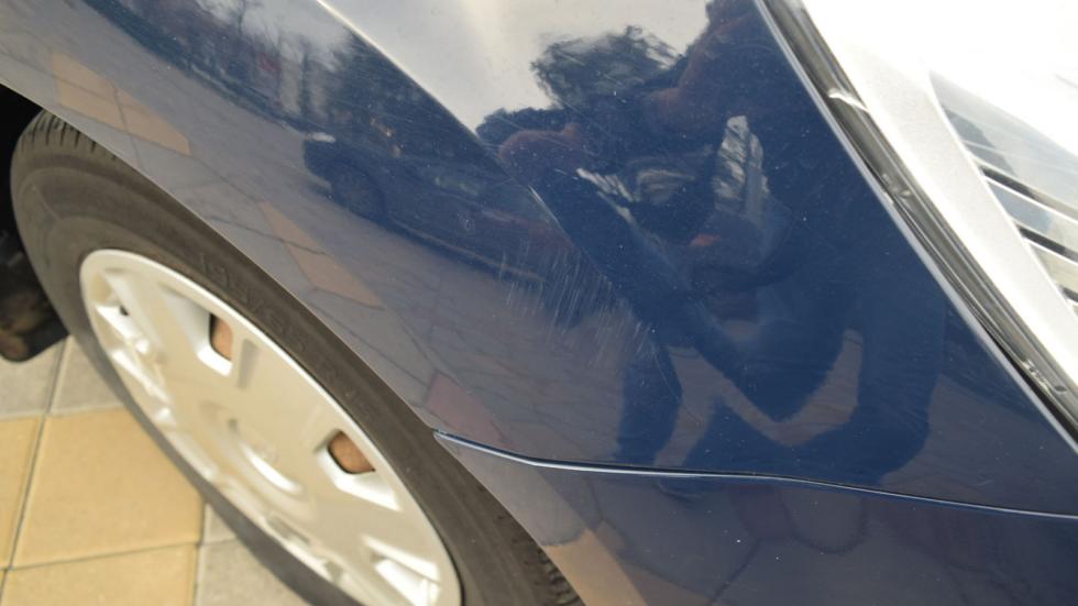 Ford Focus ll царапины на крыле