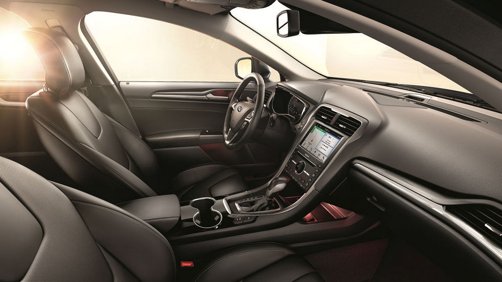 Ford Mondeo_Business Edition_int1200