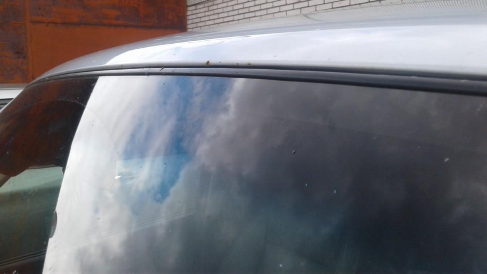Mitsubishi Pajero IV лобовое стекло