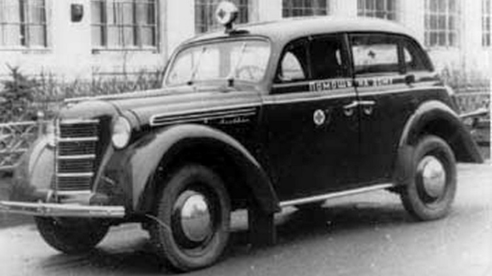 Москвич-400-420М