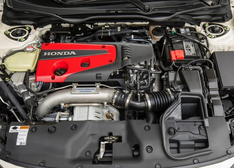 Honda выкатила на тесты рестайлинговый Civic Type R