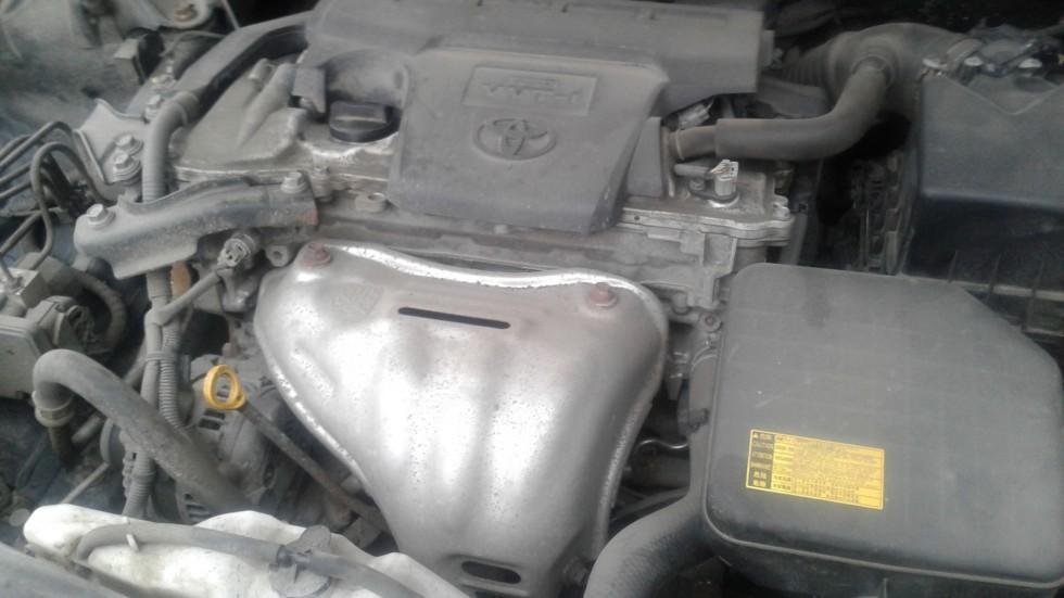 Toyota Camry XV50 двигатель (1)