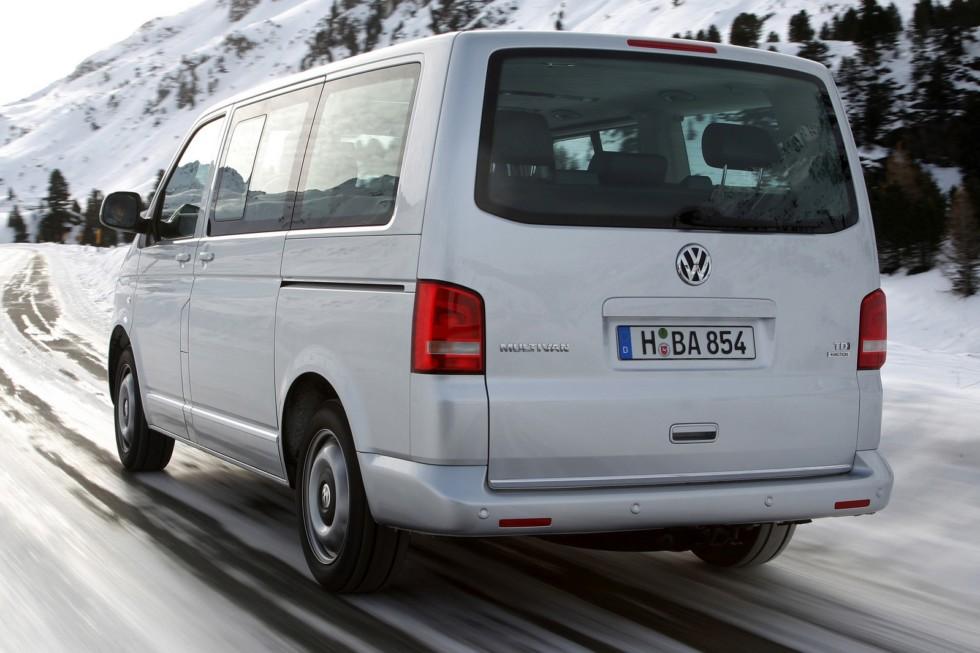 Volkswagen Multivan Comfortline (T5) '2009–15
