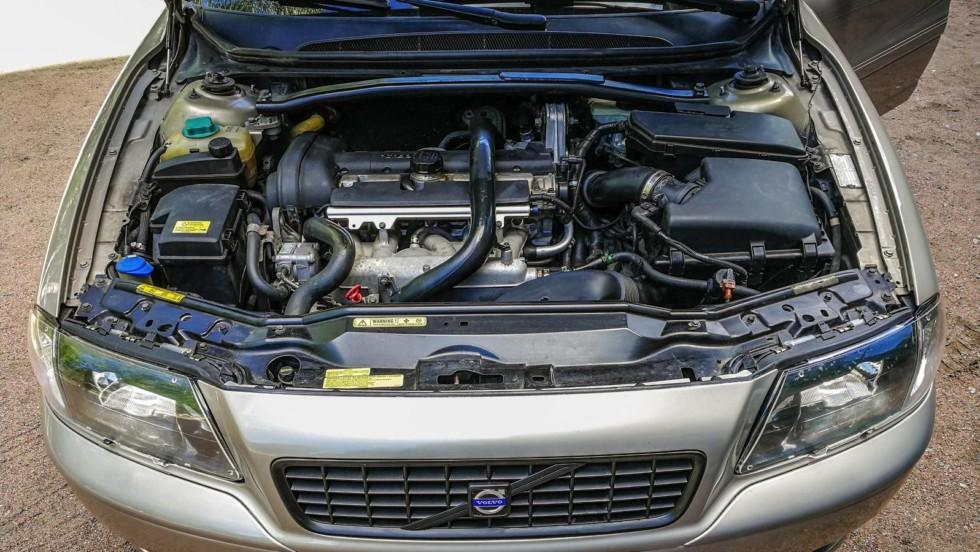 Volvo-S80-двигатель