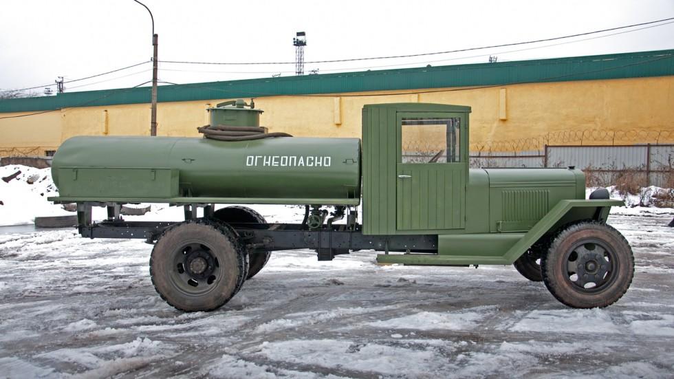 ЗиС-5В топливозаправщик сбоку реплика
