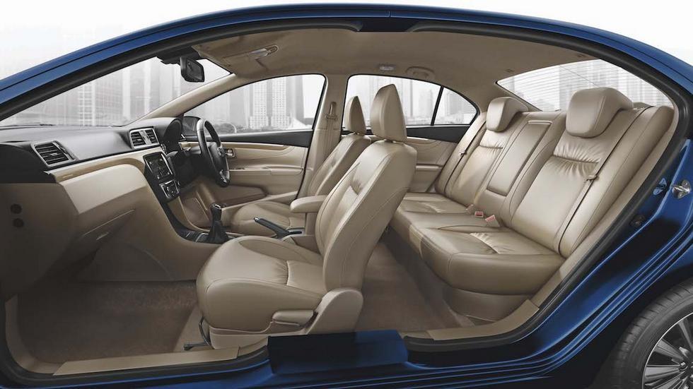 2018-Maruti-Ciaz-facelift-interior-cabin