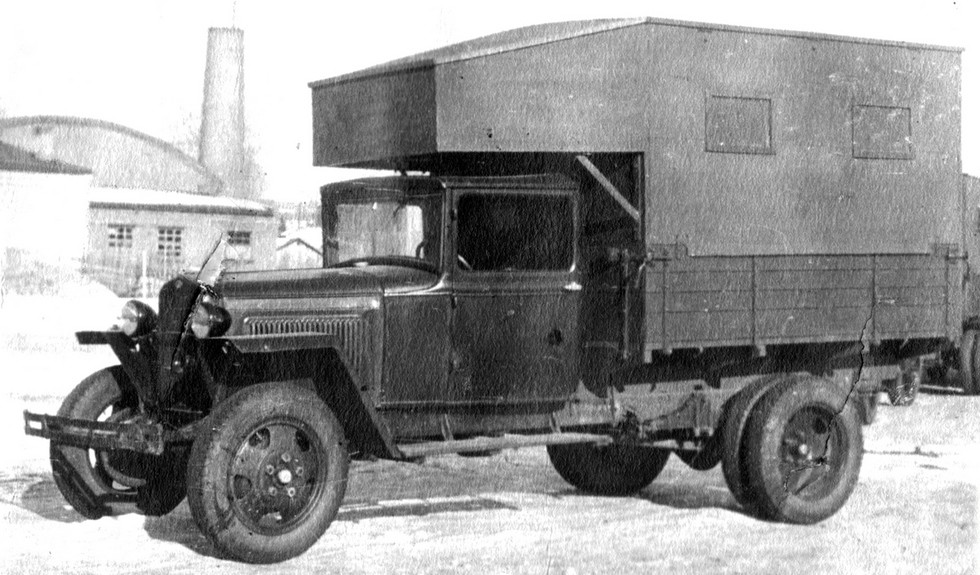 Мобильная танкоремонтная мастерская военного времени на шасси ГАЗ-ММ