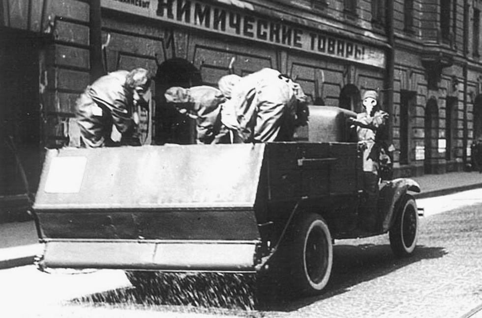 Простой дегазатор АХИ на грузовике ГАЗ-АА
