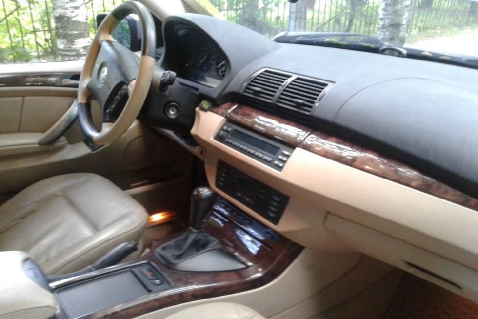 BMW-X5-E53-40