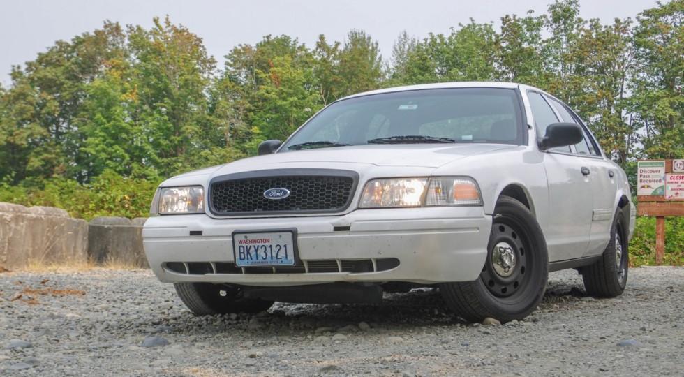Настоящий детектив: тест-драйв Ford Crown Victoria Police Interceptor