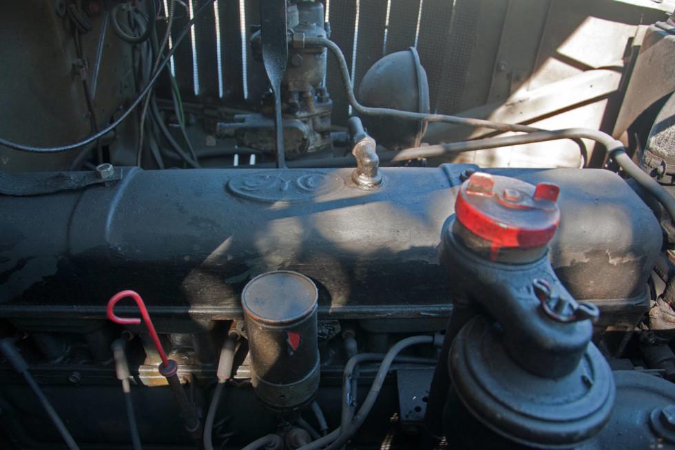 GMC CCKW 1942 двигатель 2