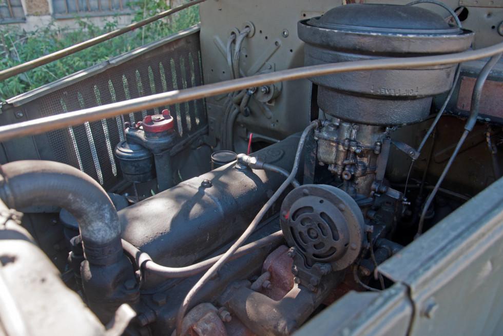 GMC CCKW 1942 двигатель