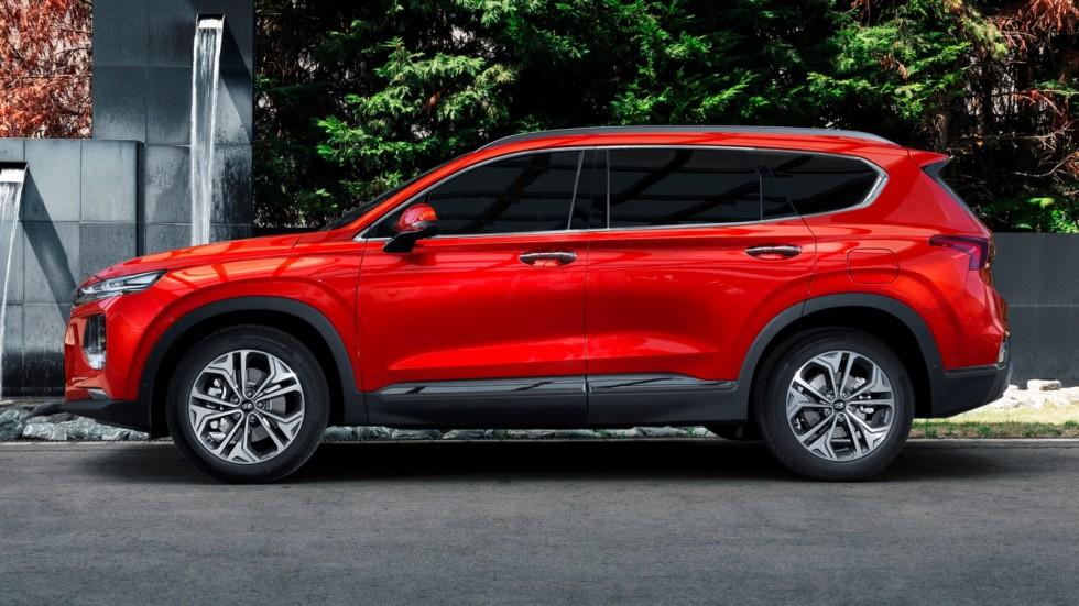 Hyundai Santa Fe Worldwide (TM) '2018 красный сбоку