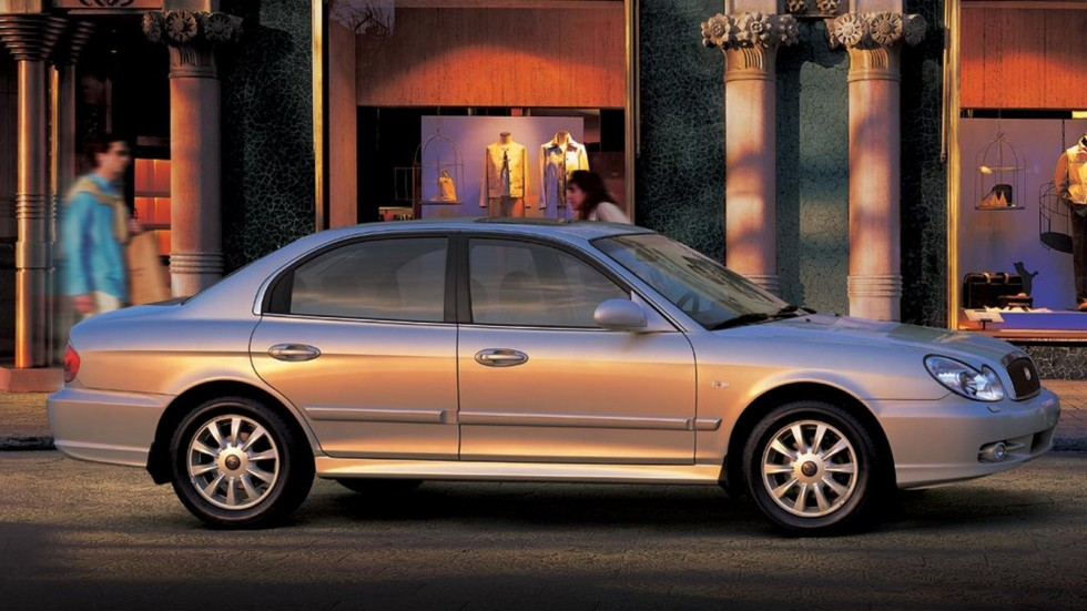 Hyundai Sonata (EF) '01.2001–08.2004ы