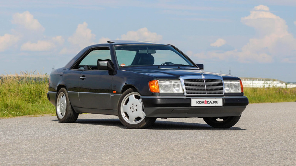 Mercedes-Benz-C124-черный