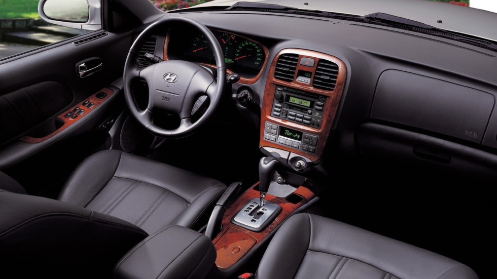 Торпедо Hyundai Sonata (EF) '01.2001–08.2004ч