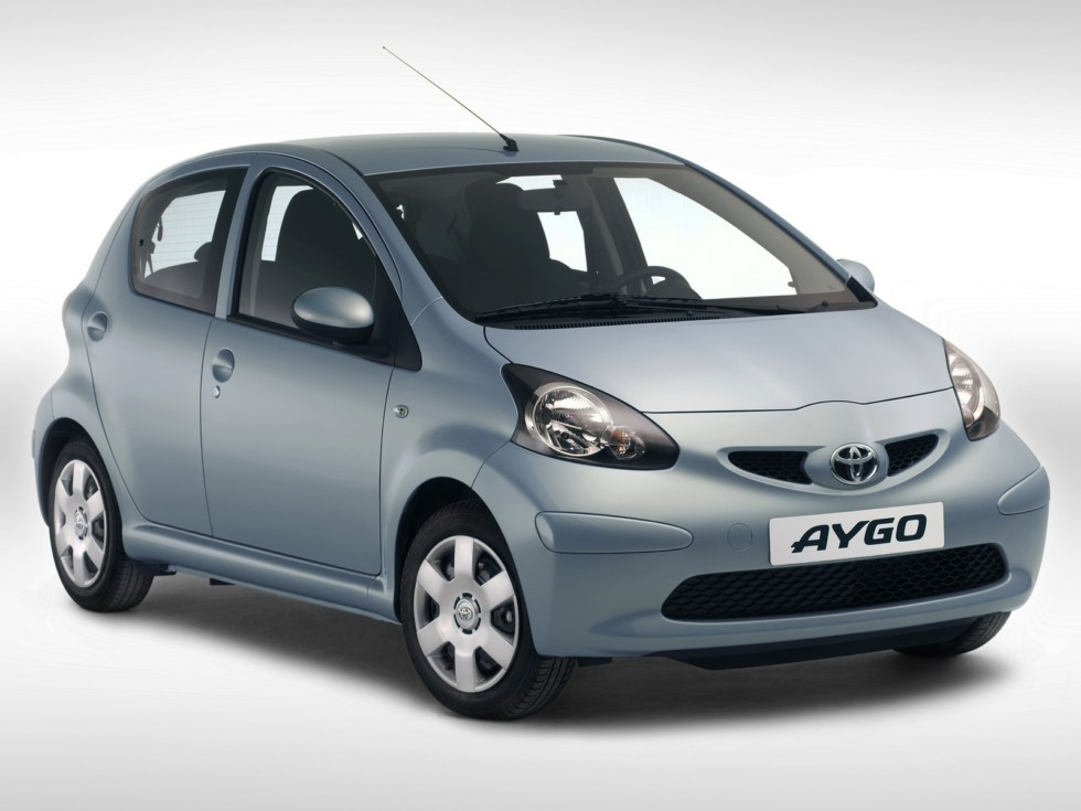Toyota Aygo 5-door Worldwide '2005–08