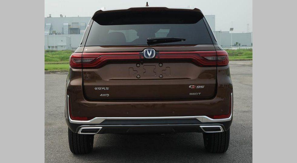 Конкурент VW Teramont от Changan обновился через год после старта продаж