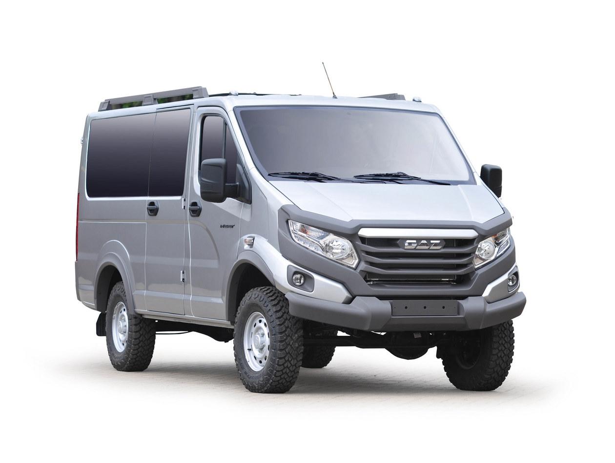 ГАЗ построил микроавтобус и пикап на базе Соболь 4×4