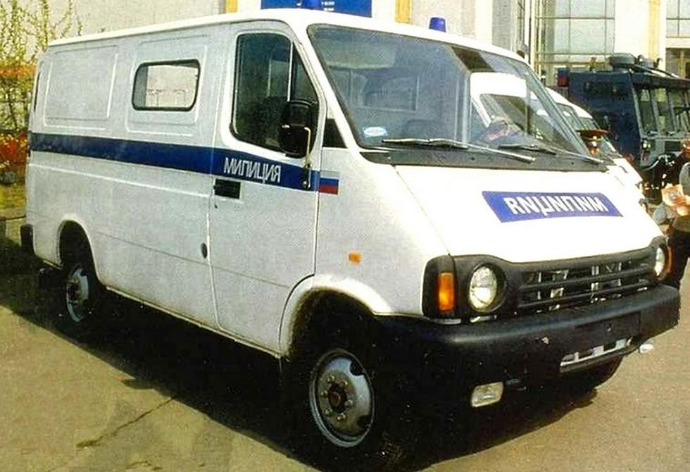 Патрульная милицейская машина на шасси БАЗ-3783ДМ